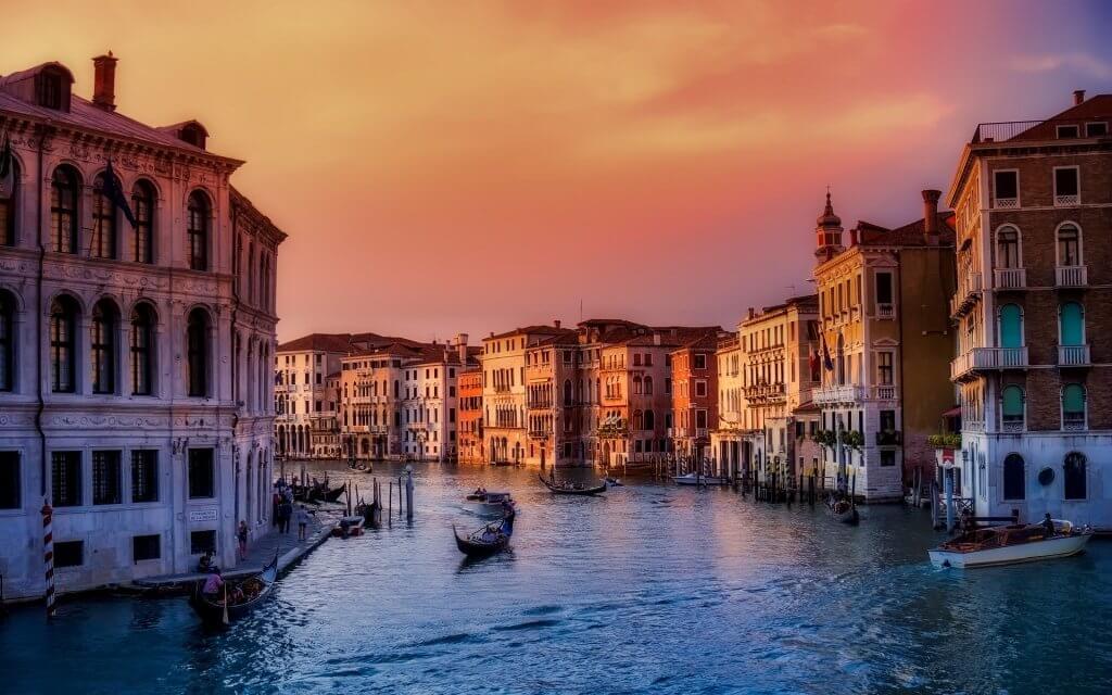 טיסות זולות לונציה