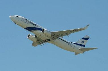 aircraft-1679200_640